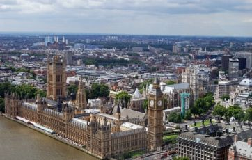 City figures back May's plan for workers on the board | Financial Times