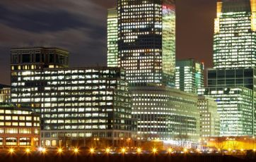 Bankers' pay remains out of kilter with reality | Financial Times