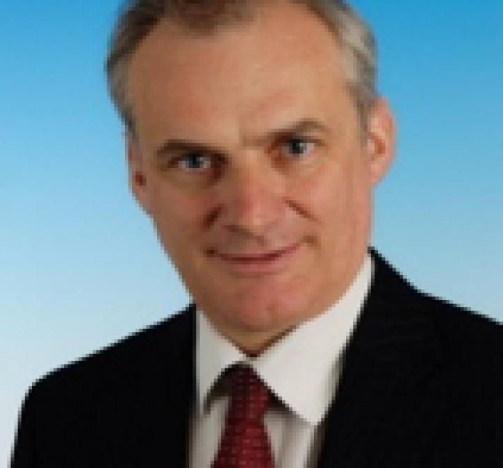 Daniel Hibbert